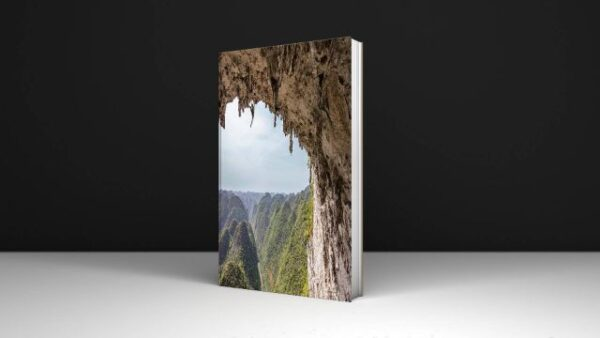 Download PDF There and Back Photographs from the Edge Written By Jimmy Chin